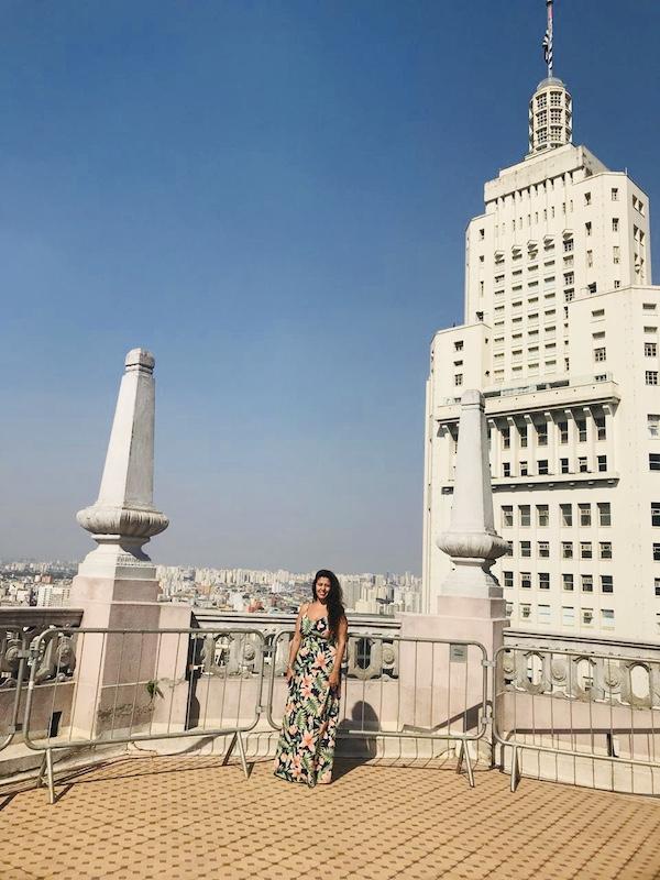 Farol Santander ao fundo do Edificio Martinelli