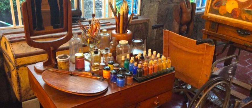 Atelie Frida Kahlo o9hc6e1g6j269xdcfvwbjptp0hy1bwu3a3e9oachh0 - Museu da Frida Kahlo no México: conheça a La Casa Azul!