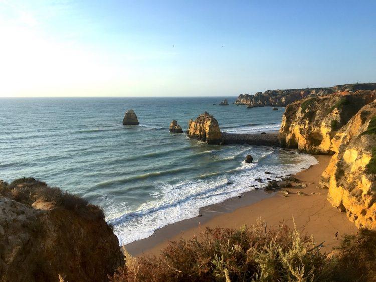 Praia em Lagos no Algarve