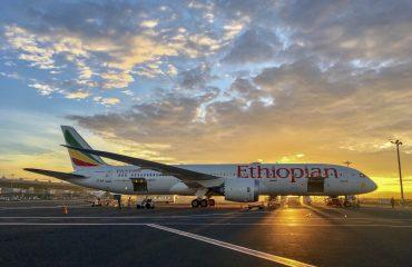 aviao Ethiopian Airline nq2zk3sju70d9na8hffowbty58iz1go4ygk78pdckg - Como é voar com a Ethiopian Airlines para a Ásia?